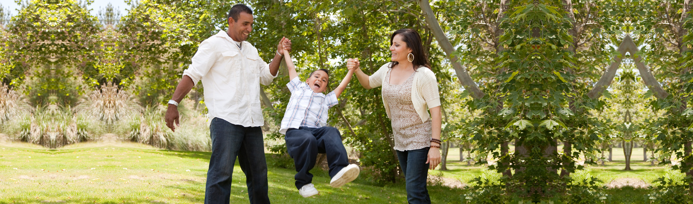 family-in-the-park